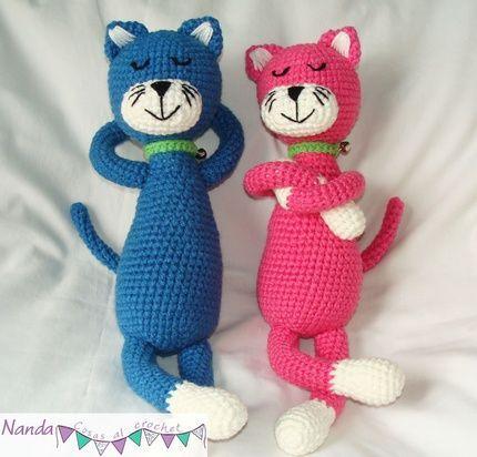 Gatos dormilones tejidos al crochet   mi rincón   Pinterest:
