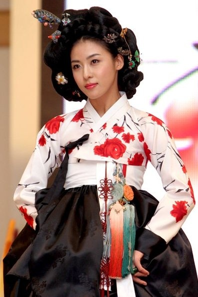17 Best images about Old and traditional Korean clothing - Mario Del Rey on Pinterest ...