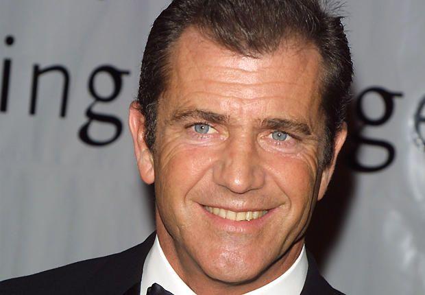 """Mel Gibson (60 ani) cu iubita de 25 de ani la Cannes - http://www.101zap.com/2016/05/25/mel-gibson-60-ani-cu-iubita-de-25-de-ani-la-cannes/ - Este clar ca Mel Gibson este iertat de catre Hollywood si isi face usor simtita prezenta la evenimentele majore. Asa cum am spus si in acest post,Mel este exemplul pe care a trebuit sa-l dea Hollywood-ul cu """"asa nu se face"""".In anul 2010 actorul a intrat in atentia presei prin scadalul public cu... - #MelGibson"""