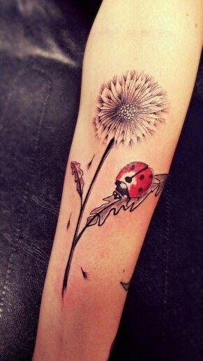 mezz inkorporel tattoo miramas pissenlits fleur coccinelle tattoo pinterest tatouages. Black Bedroom Furniture Sets. Home Design Ideas