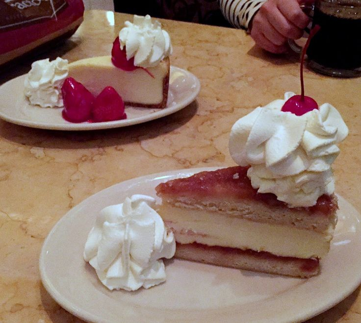 I am DREAMING of you tonight,,,, The Food Hussy!: Restaurant Review: Cheesecake Factory, Kenwood Mall.   Reservations for pictures with Santa, check!  Oh if Santa wasn't meeting us right after we would be at the factory!!! We'll need to make another tradition :)