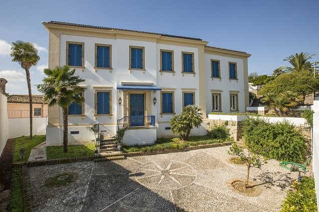 #VillaAnno boasts #exceptional #private #facilities and #services in #Corfu with #lush #gardens https://www.corfu-vacations.com/en/rentals/23-villa-anno-unique-and-exceptional-property-in-the-heart-of-corfu-island-around-corfu