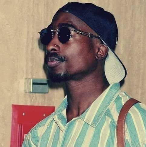 Tupac Thug style