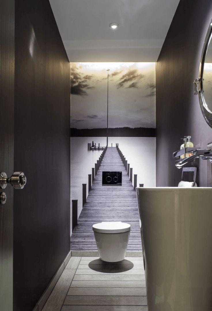 Veja neste post 30 fotos e modelos de banheiros incríveis, dicas para banheiros pequenos, lavabos e ainda: as tendências para banheiros modernos. Confira!