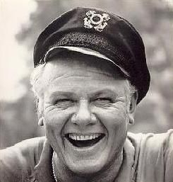 Alan Hale Jr.  1921 - 1990.  Died at the age of 68 from cancer.  Best known for the role of 'skipper' on TV sitcom Gilligans Island