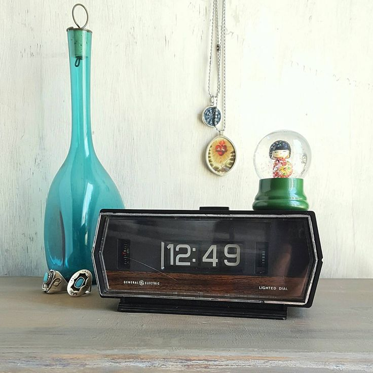 Retro Flip Clock With Alarm and Lighted Numbers, GE Model 8141 4, Mid Century Bedroom, Vintage Man Cave, Hipster Decor, Retro Electronic by StarliteRetro on Etsy