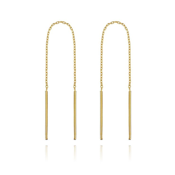 This season's hottest thread earrings. Simple minimalistic bars on a finely linked chain. Wear this alone, or threaded through multiple holes.  Size: Length: 7.3cm Material: 925 Sterling silver with 9KT Gold Vermeil