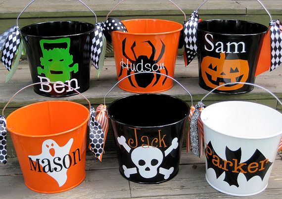 Personalized Halloween bucketsmany designs by twosisters76 on Etsy