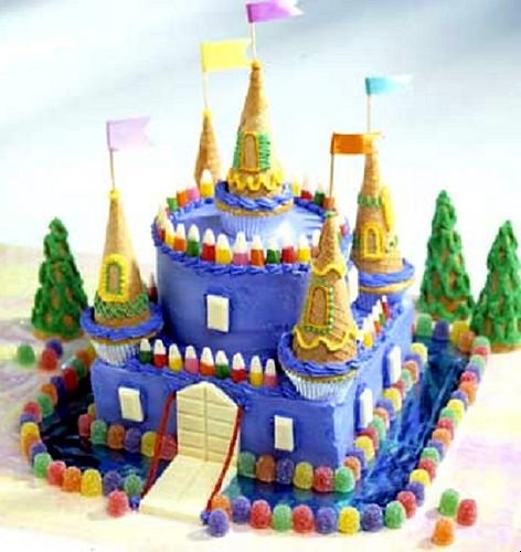Princess Birthday Cake - J'aime le mélange carré/rond, simple à faire.