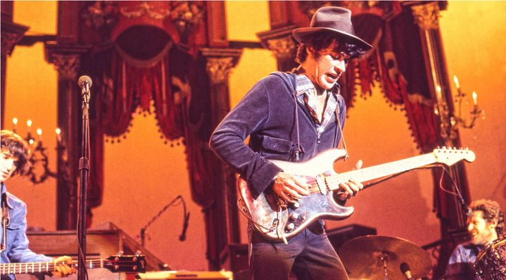 Iconic Mods: The Strat That Danced 'The Last Waltz' — What happened when Robbie Robertson bronzed a '54 Strat?