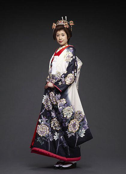 上品な大人な印象の一着 ♡花嫁衣装 色打掛 ネイビーの参考一覧♡