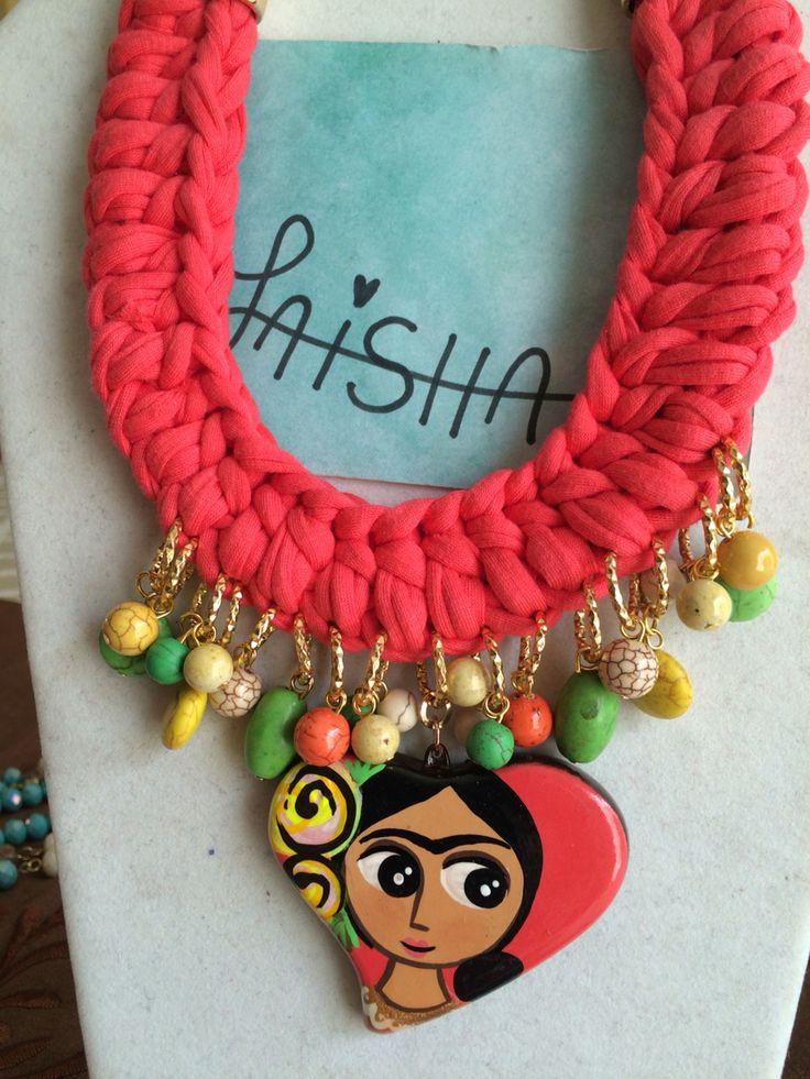 Collar tejido  Sigue me en Facebook Bisutería Laisha