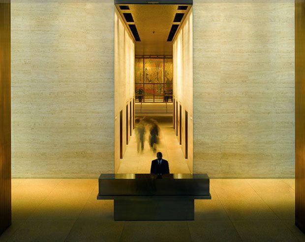 Mies van der Rohe Seagram building 1958- interior: the lobby