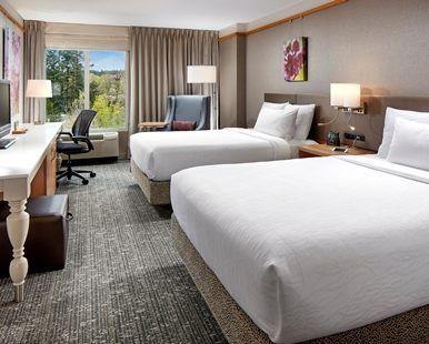 Hilton Garden Inn Portland/Lake Oswego Hotel, OR - 2 Queen Bedroom