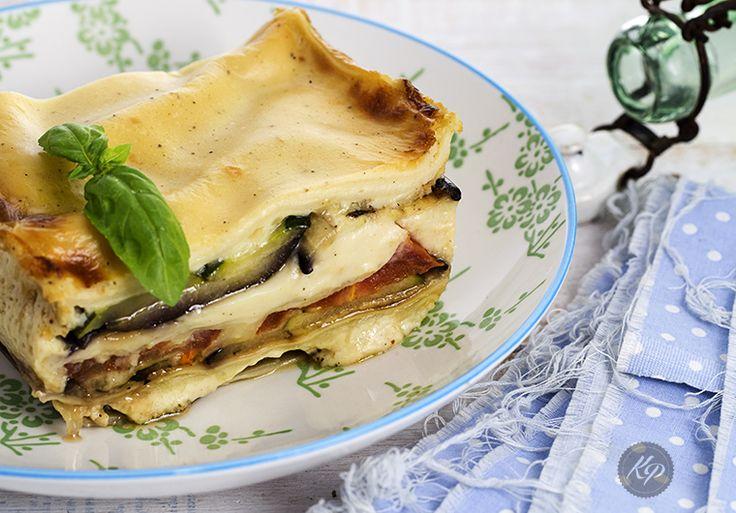 vegetable lasagn - lasagne warzywnahttp://kingaparuzel.pl/blog/2015/04/lasagnia-warzywna-do-roboty/