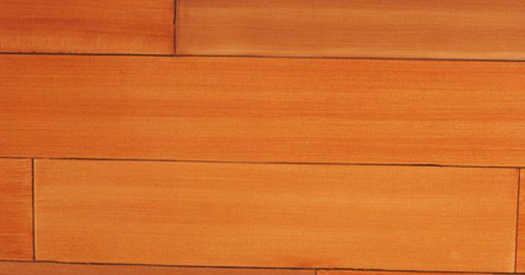 Como lustrar pisos sem usar enceradeira. Pisos de madeira são bonitos e valiosos em uma casa, quando bem cuidados. Um piso precisa ser lixado e retocado periodicamente, mas enquanto isso, ele deve ser cuidado para que possa ficar com boa aparência por muito tempo sem grandes despesas ou retoques. Geralmente você pode cuidar de arranhões menores, manchas e marcas através de limpeza e ...