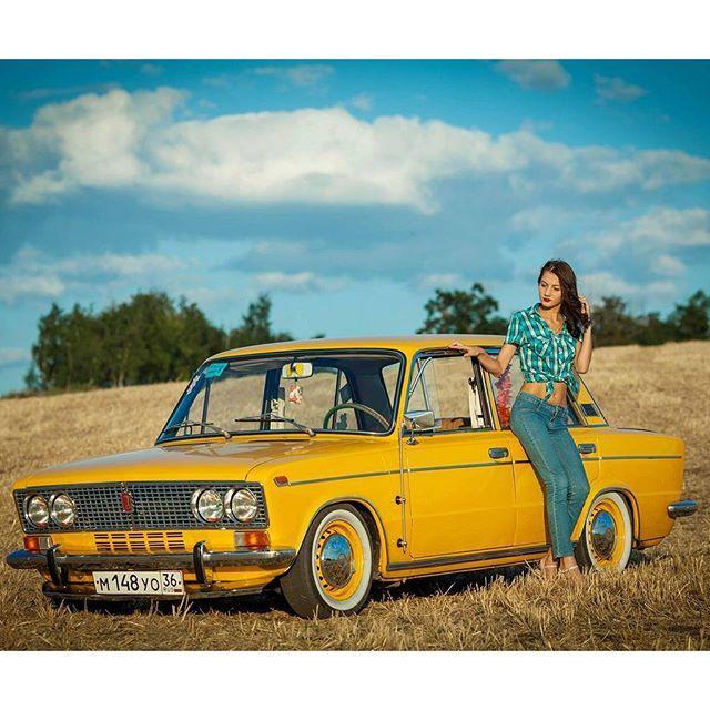 #mulpix  #Vaz2103  #2103  #vaz  #jiguli  #lada  #yellowcarsfan  #slammed  #dropped  #low  #lowcar  #photosession  #old   #vintage  #oldcar  #ваз2103  #лада  #ваз  #жигули  #ваз2103  #классика  #ретро  #тройка