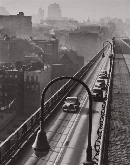 Williamsburg Bridge, 1947, photo by Harold Roth