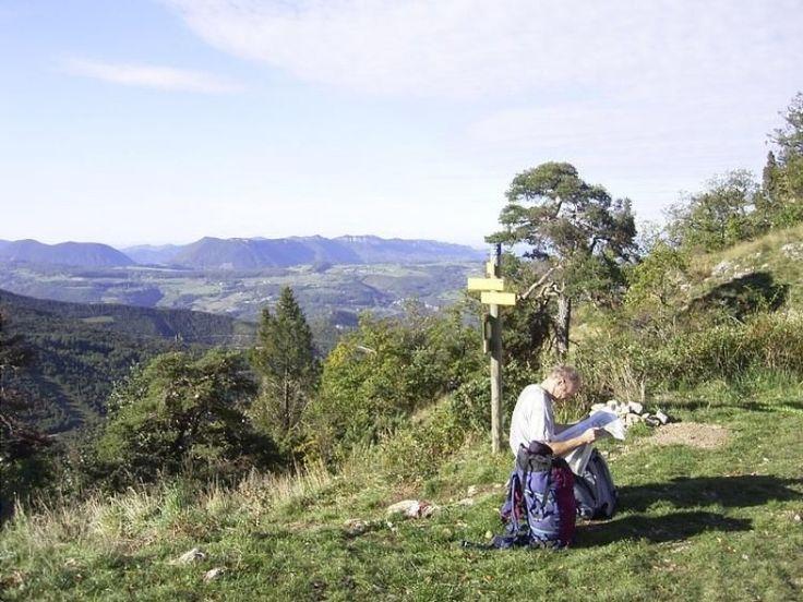 Discovering the Pays de Bourdeaux - hiking- Mornans - Drôme Tourisme