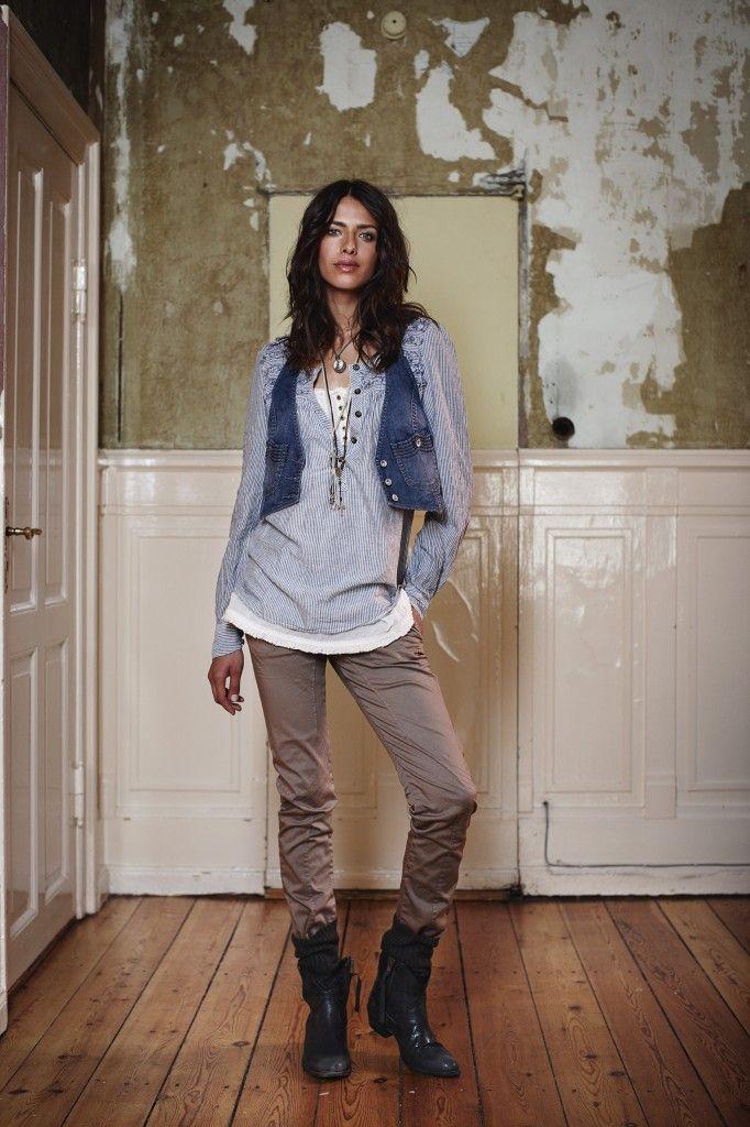 Layering - Munthe plus Simonsen of Danish fashion, culture, Replace