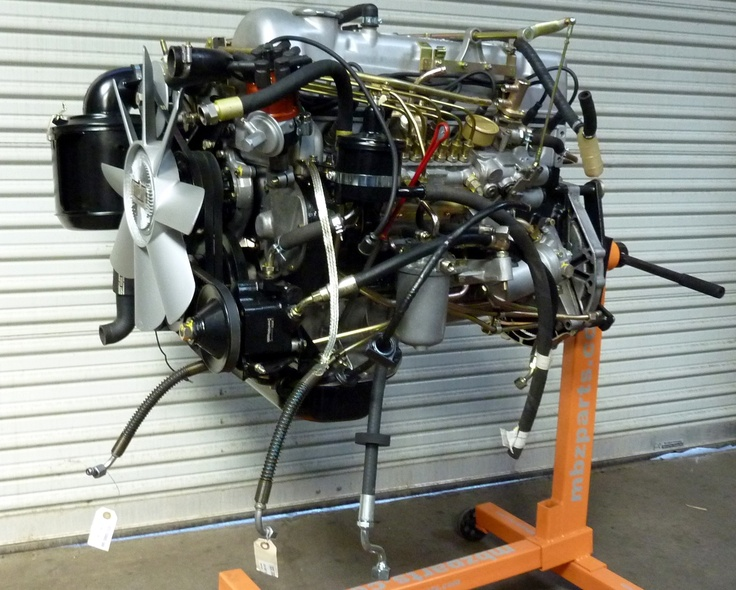 1968 mercedes benz 280sl engine after reconditioning for Mercedes benz 280sl parts