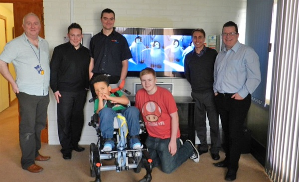 Bringing Home Cinema to Children with Short Lives at Little Havens Children's Hospice, Rayleigh, Essex (4/7/2012)