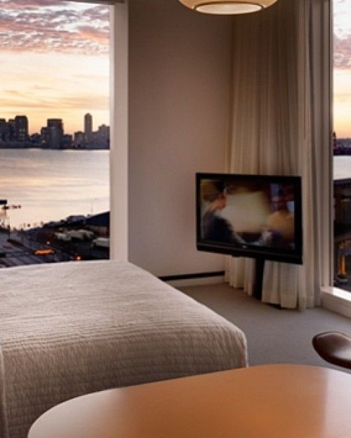 At The Standard, High Line, many of the rooms offer unparalleled views of the Hudson. #Jetsetter  #JSSunrise