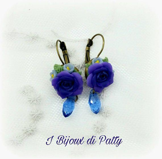 Guarda questo articolo nel mio negozio Etsy https://www.etsy.com/it/listing/535245851/orecchini-con-rose-viola