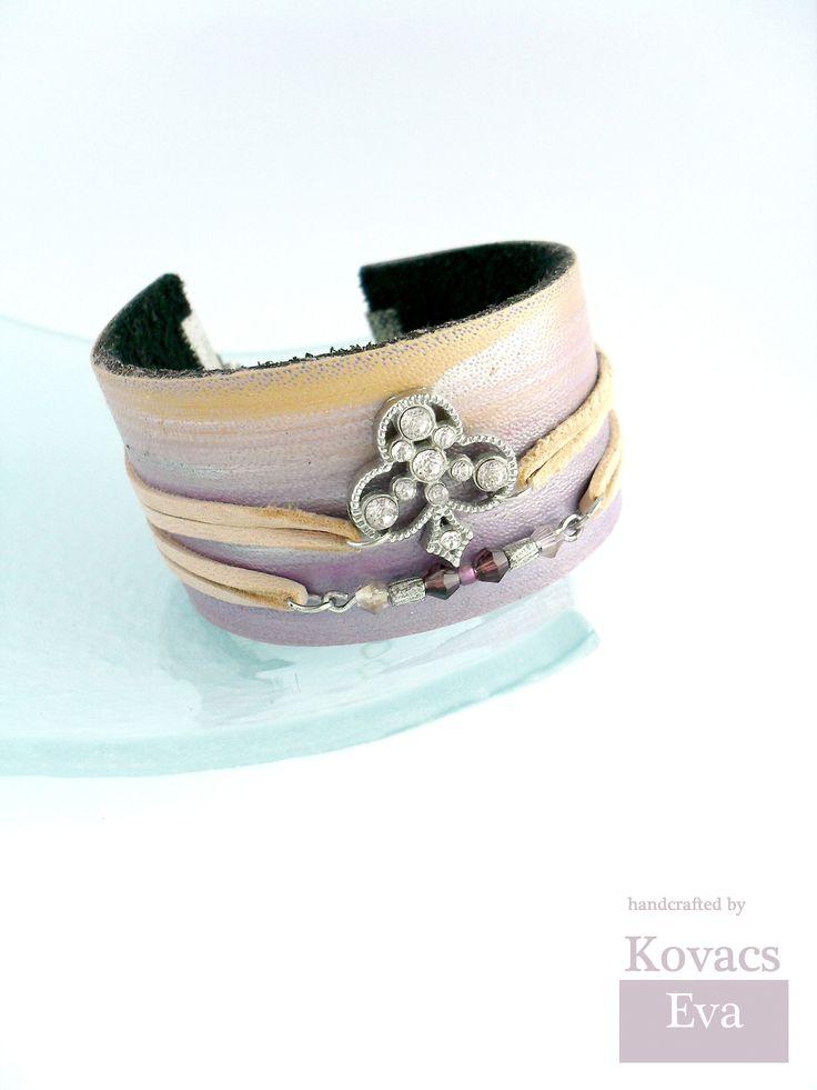 Boho bracelet.Lilac and peach,boho leather bracelet,cuff.Hand painted bracelet.