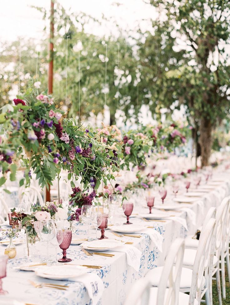 This South Carolina Wedding Was Packed With Lilacs In 2020 South Carolina Wedding Backyard Wedding Lilac Wedding Bouquet