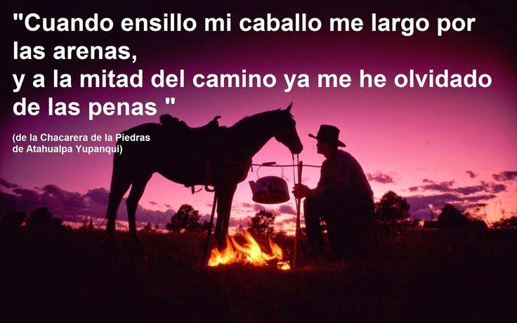 Cuando ensillo mi caballo me largo por las arenas