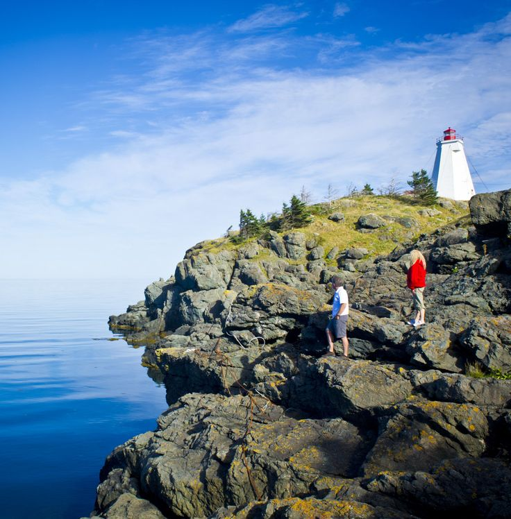 It's impossible to ignore the beckoning of the sea on Grand Manan Island in the Bay of Fundy | New Brunswick, Canada travel #ExploreNB