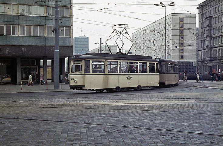 magdeburg historiscche bilder | MD] Tatra-Wagen bei der Magdeburger Straßenbahn 1980 (8 B.)