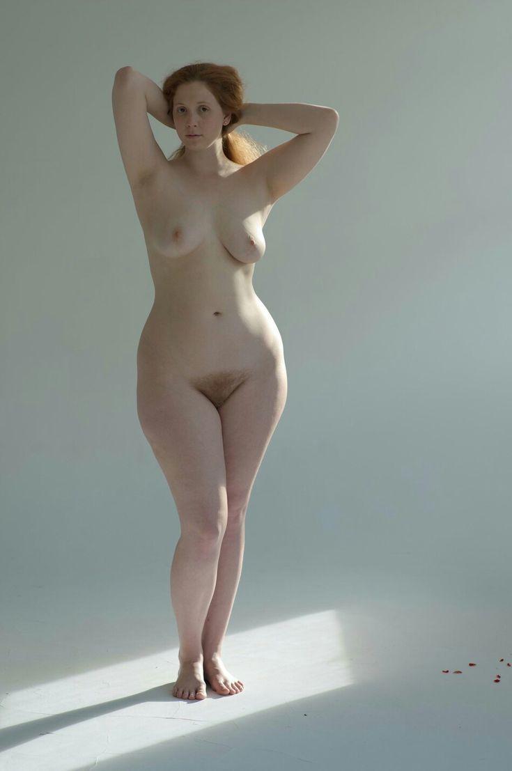 Врача русские бедра голых жен валентина деми секс