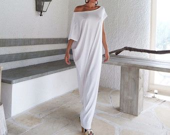 Maxi abito corallo / corallo Kaftan / asimmetrica Plus Size Abito Oversize sciolto abito / #35085  Questo vestito elegante, sofisticato, sciolto e confortevole, sembra così grande e stupefacente con un paio di tacchi come fa con appartamenti. Si può indossare per unoccasione speciale o può essere il vostro vestito confortevole tutti i giorni.   >>> Vedere la tabella di colore qui: https://www.etsy.com/listing/235259897/viscose-color-chart?ref&#...