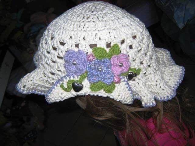 Cappellino per bambina