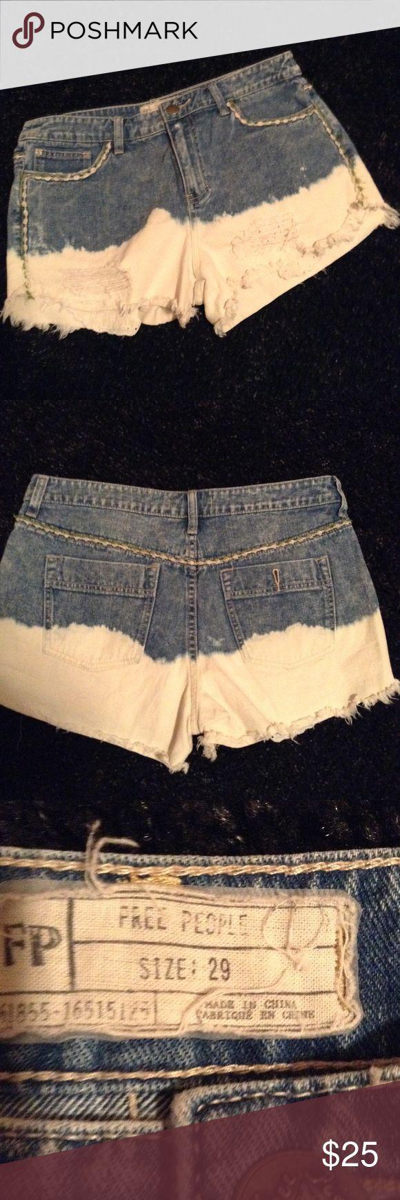 Free People dip dye short Denim dip dye, white to blue denim distressed. Size 29 Free People Shorts Jean Shorts