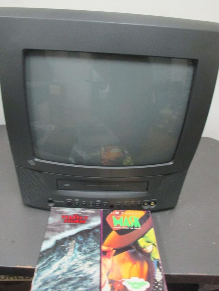 "GE 13TVR62 13"" CRT Color Television TV VCR Combo With 2 VHS Tapes #GE"