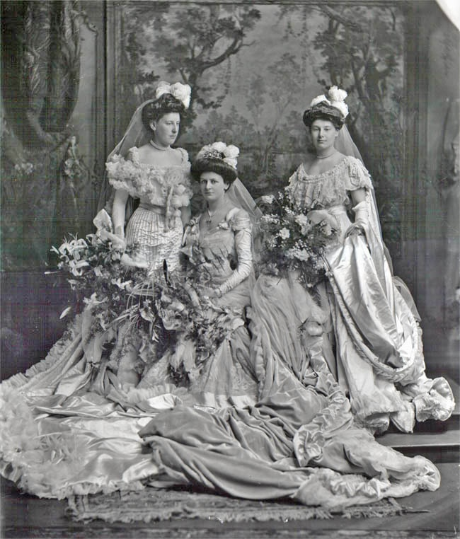 copyright V  May 13, 1904: Hon. Mrs. G. Lawson Johnston, later Lady Luke with two sisters