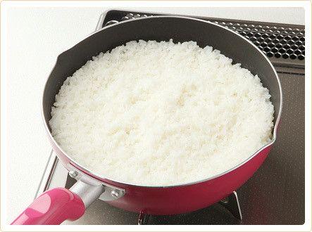 ご飯を炊き忘れた? そんなときは5分で炊ける「フライパン炊き」でご飯を炊こう!