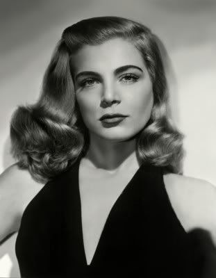 Lizabeth Scott - femme fatale of film noir- look at the hair! We love!