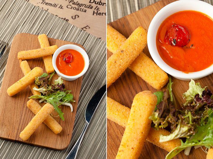 Сырные палочки с томатным соусом: 190р Журнал Аварийного Комиссара - Долькабар. Еда, как искусство!