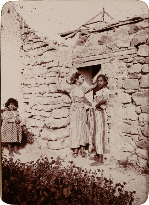 C 1895 1900 Fillettes Tunisiennes North Africa Old Pictures Ancient