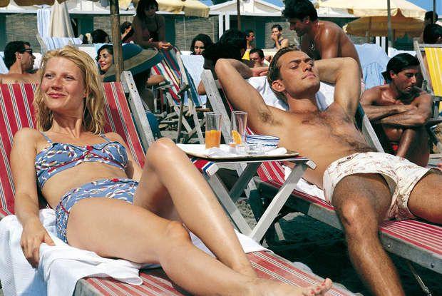 Dis donc Jude, il baille un peu ce short de bain...Gwyneth Paltrow et Jude Law dans Le talentueux Mr Ripley (1999)