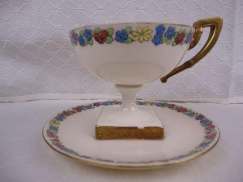 Art-Deco-Lennox-Belleek-Trophy-Pedestal-Tea-Cup-and-Saucer-Floral-Square-Base