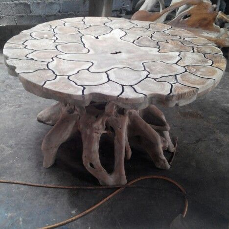 Round dining table  Material from recycle teak root