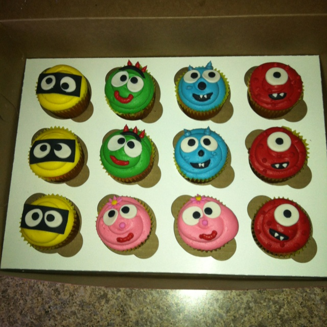 Yo Gabba Gabba cupcakes! I had these made today for my child's first birthday! What a huge hit! If ya live in Arizona and want the info for the lady who created these let me know! She is amazing!
