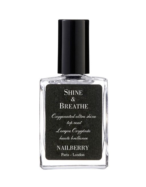 Nailberry Shine & Breathe Top coat - A very thin oxygenated crystal shine top coat extending the duration of the manicure and achieving an unprecedented level of shine. A real innovation.