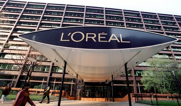 Nestlé SA雀巢表示对L'Oréal 欧莱雅股份保留选择余地