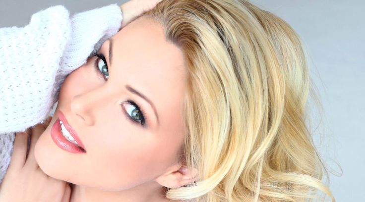 5 Things I Wish Someone Told Me When I First Started: With Miss USA, Actor, and Social Media Star, Shanna Moakler | HuffPost